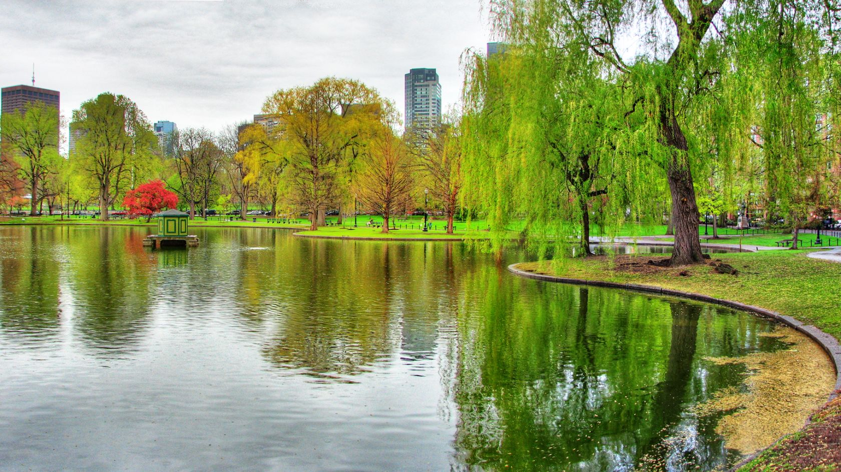 Boston Public garden near the Inn at Longwood Medical